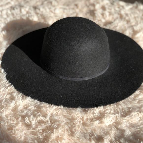 49990273c5d14 Old Navy Accessories - Wide-brim felt fedora hat